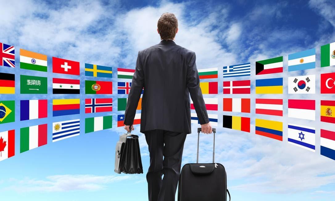 Descubra como encontrar vagas abertas para trabalhar no exterior
