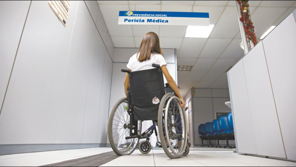 Descubra se o aposentado por invalidez pode trabalhar