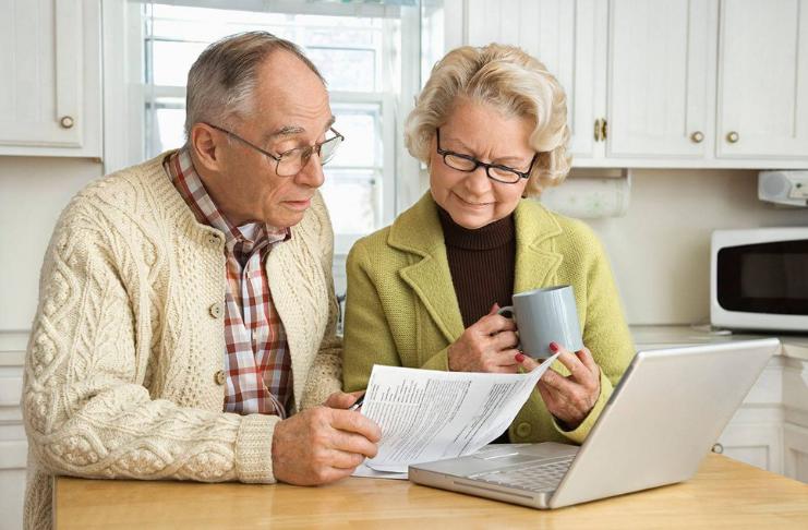 Estudo: adultos acreditam que vão se aposentar mais tarde - ou nunca