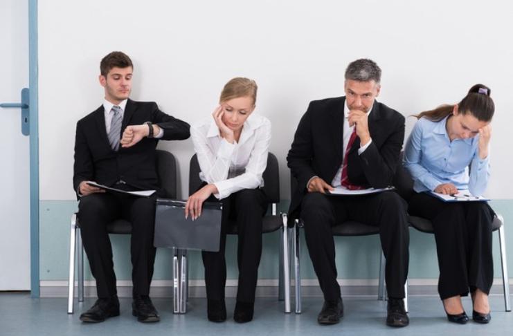 Essas dicas de pesquisa de emprego costumavam funcionar, mas agora podem prejudicar sua busca