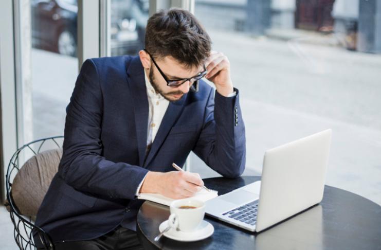 9 dicas para manter o foco no trabalho enquanto o mundo cai ao seu redor