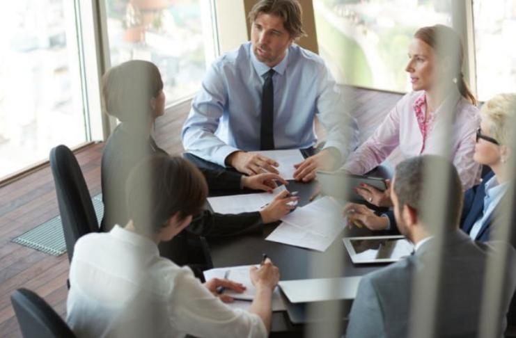 7 dicas criativas para hospedar uma reunião de negócios produtiva