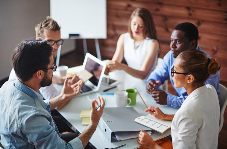 Subindo de nível: como fazer networking para conseguir oportunidades de falar, sem experiência anterior