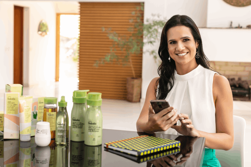 Veja como revender cosméticos para gerar uma renda extra [8 marcas]