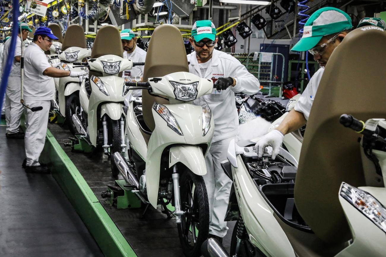 Com a pandemia, entregas com moto aumentaram. Descubra como conseguir a sua