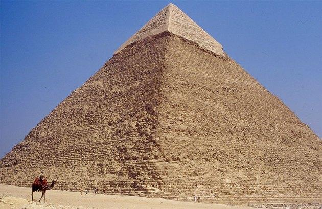 Gosta de pirâmides e múmias? Saiba quais as 7 profissões dessa área