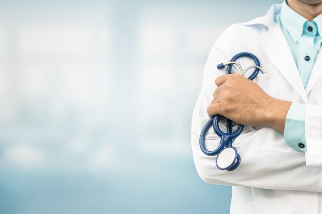 Descubra as vantagens de ser um plantonista médico [encontre vagas online]